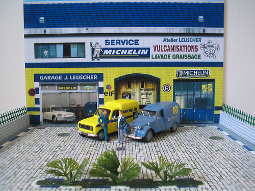 Diorama garage citro n for Garage citroen le perreux